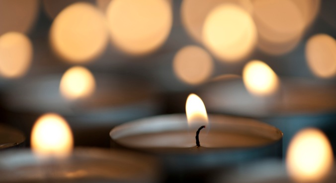 carols-by-candle-light.jpg
